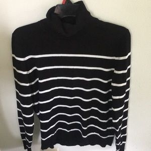 Tommy Hilfiger turtleneck